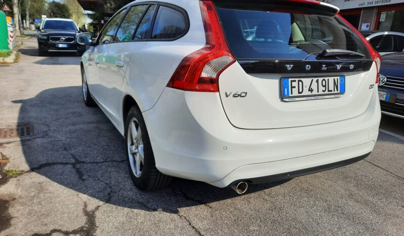 Volvo V60 D2 Business Geartronic N1 full